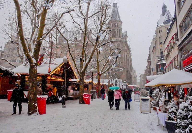 Strolling Through Europe S Christmas Markets Wanderlust Journal Wanderlust Journal